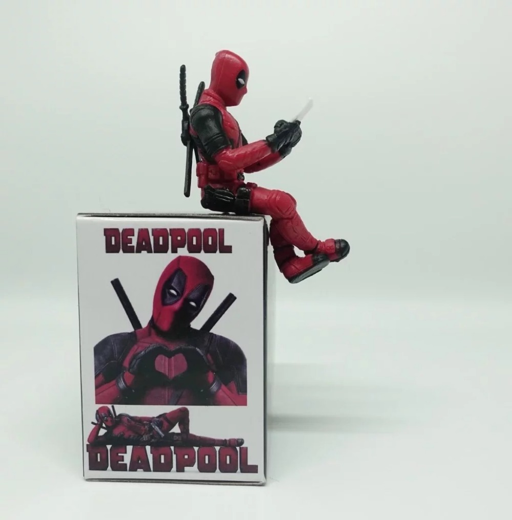 Deadpool 2 Mini PVC Figure Collectible Model Toy Computer Screen Decoration Doll 6cm new hot christmas gift 21inch 52cm bearbrick be rbrick fashion toy pvc action figure collectible model toy decoration