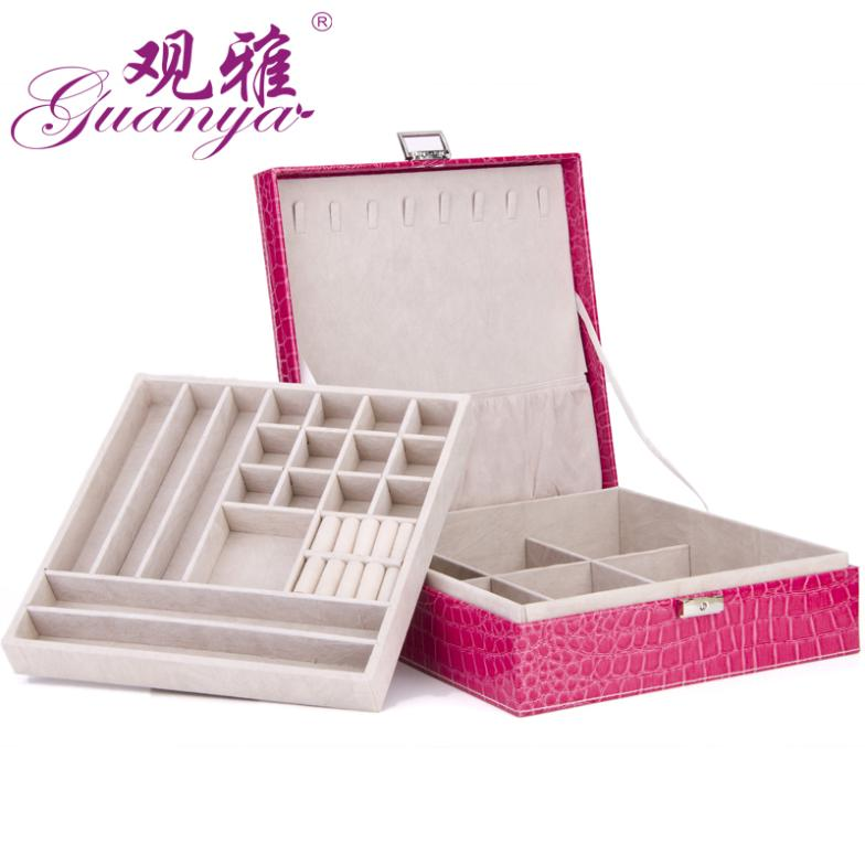 Necklace earrings ring of jewel box display and gift box packaging with metal lock have large space jewel box