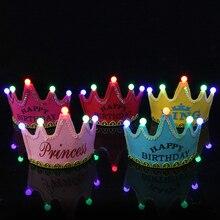 Birthday Crown с светодиодный светильник для мальчик и девочка принцесса король короной «С Днем Рождения» Кепки повязка на голову для рождественской вечеринки Прямая