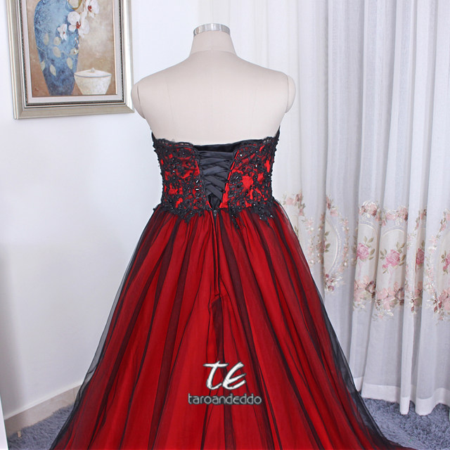 Online Shop Gothic Wedding Dress With Color Sweetheart Lace Up Back