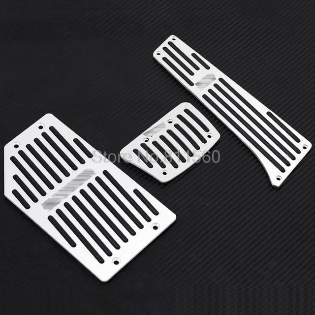 For Hyundai Tucson ix35 2010 2011 2012  Aluminum Fuel Brake Foot Rest AT Pedals Pads Accelerator Gas pedal Auto accessories