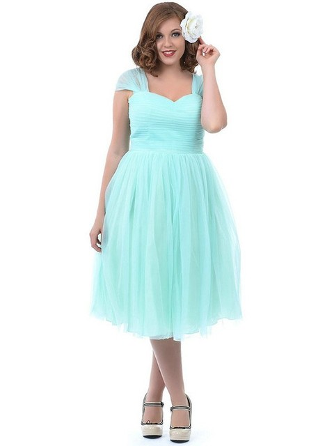 2016 A Line Short Mint Plus Size Bridesmaid Dresses With Straps Knee Length Full Figure