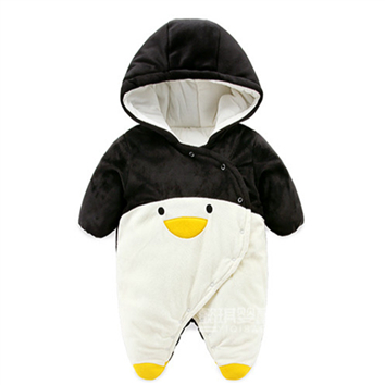 New 2018 autumn winter warm rompers newborns baby boy clothes baby cartoon penguin thick cotton jumpsuits infant overalls