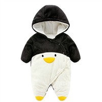 New 2017 Autumn Winter Wanrm Rompers Newborns Baby Boy Clothes Bebes Cartoon Penguin Thick Cotton Jumpsuits