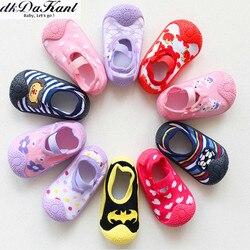 DkDaKanl нескользящие носки для новорожденных мальчиков и девочек Нескользящие носки для маленьких мальчиков детские носки с резиновой подошв...