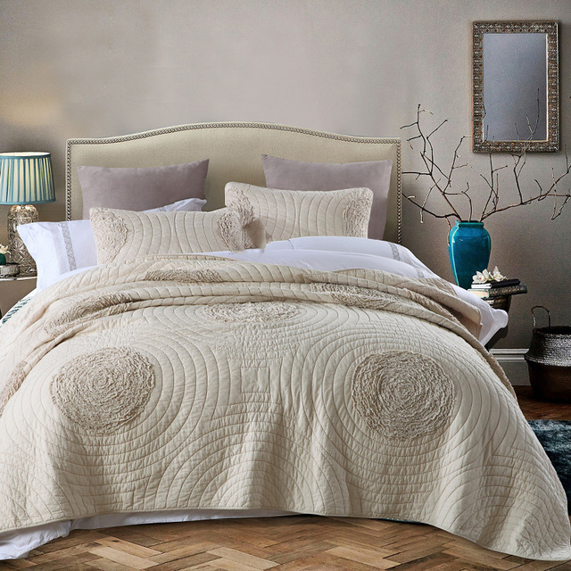 Wonderful CHAUSUB KING Size Coverlet Set 3PCS Washed Cotton Quilt Set Europe Solid  Applique Quilts Quilted Bedspread