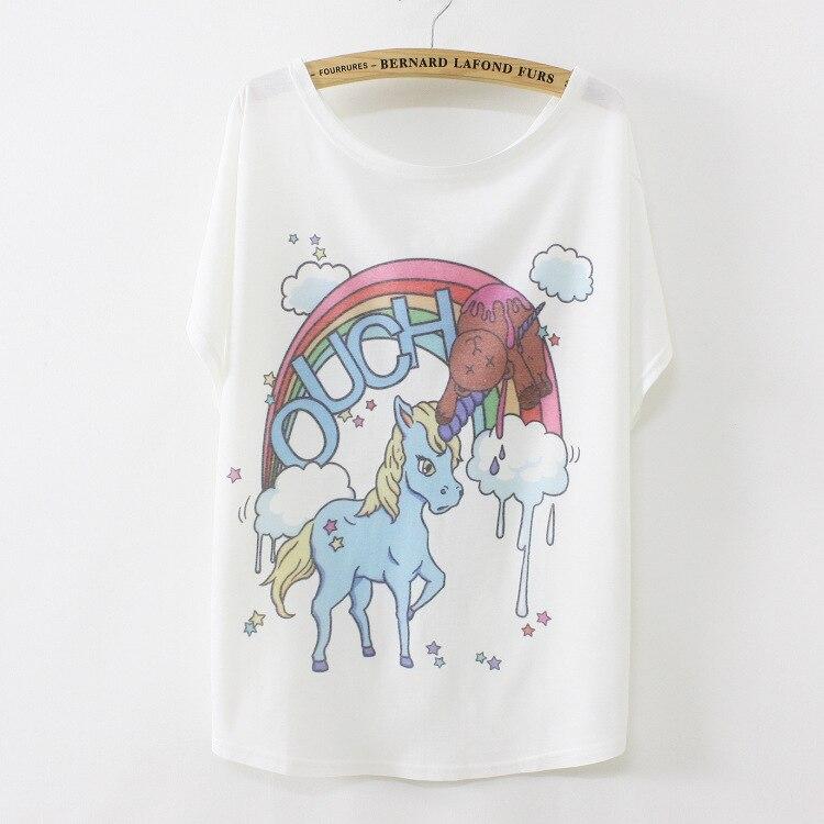 a138339149 Mais recentes Novo Estilo Verão 2018 Loose Women Branco pôneis desenhos  animados Padrão Batwing Manga Curta T Shirt Mulheres Tops Tees Roupas