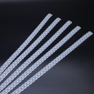 Image 1 - 100 pièces en plastique vide chaîne ceinture vis ruban vide vis bande pour Auto alimentation tournevis ruban vide bandes 50 trous