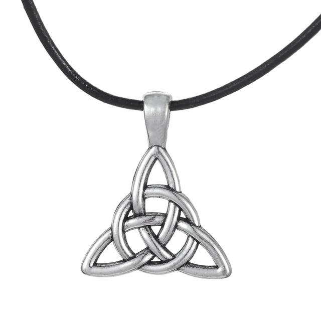 Skyrim Religious Triquetra Trinity Necklace Pendant Wiccan Charm