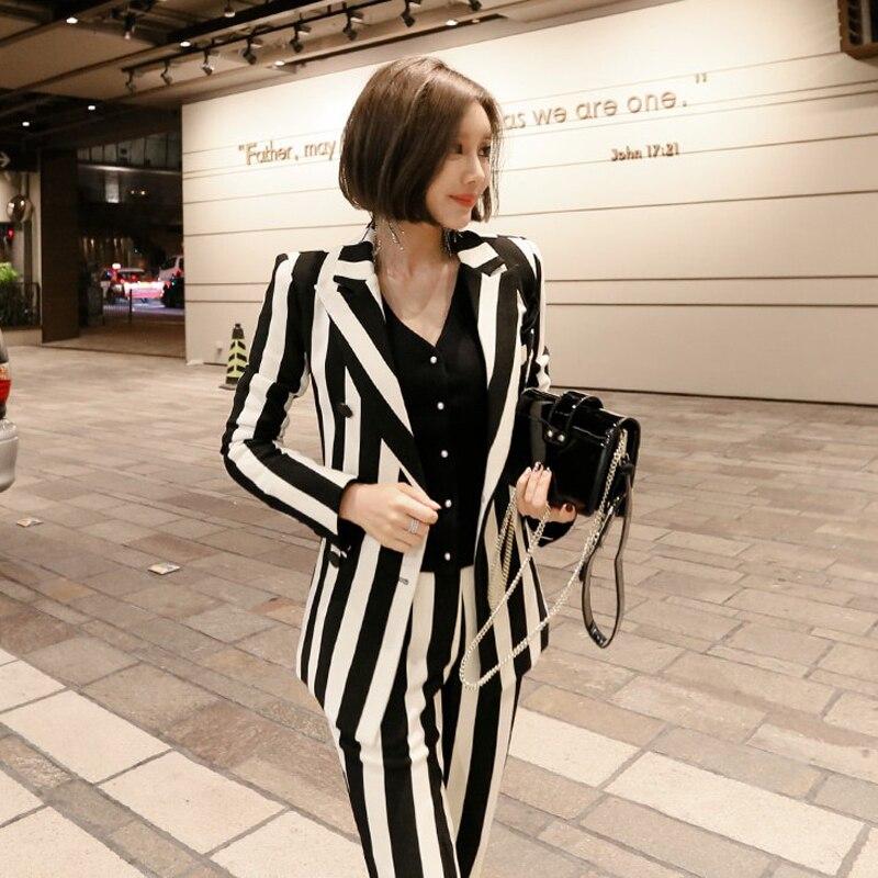 Rayé Printemps Femmes Mode pièce Stripe Nouvelles Blanc Deux Costume Noir Et Couleur De Petit Ol Élégant Automne Frappé Tempérament qPtPYr