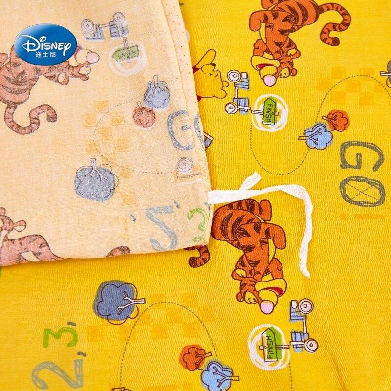 Disney barato Winnie y Tiger 100% algodón amarillo edredón juego de fundas de almohada de hoja plana ropa de cama para niños 1,2 m 1,5 m cama-in Juegos de ropa de cama from Hogar y Mascotas    2