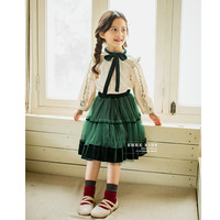 Girls suit 2018 autumn new children's long sleeved bow shirt with velvet mesh skirt two piece sets