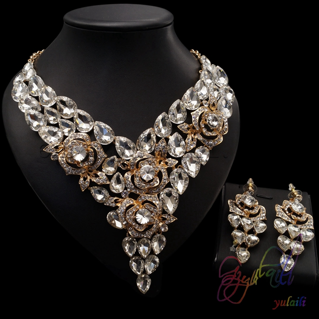 Kundan bridal set | Buy kundan bridal set Online | Craftsvilla ...