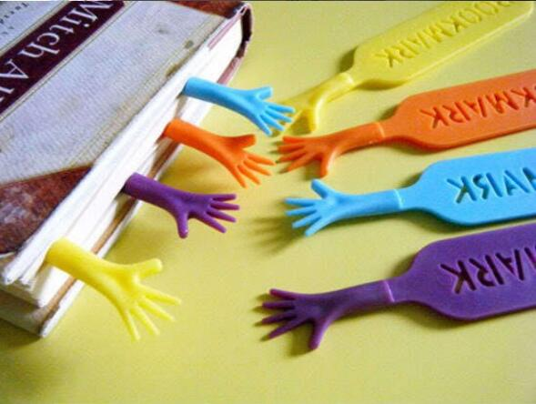 4pcs/set Cute Help Me Colorful Bookmarks set plastic novelty Item creative gift for kids chidren free shipping