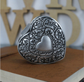2016 New Fashion Classical Carving Heart Ring boxes Ladies Birthday Gift Valentine's day gift Wedding Jewelry Display boxes