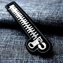 На молнии 3,0x11,8 см значок Сделай Сам нашивки одежда милый мультфильм патч ткань швейная вышитая аппликация для куртки джинсовая одежда