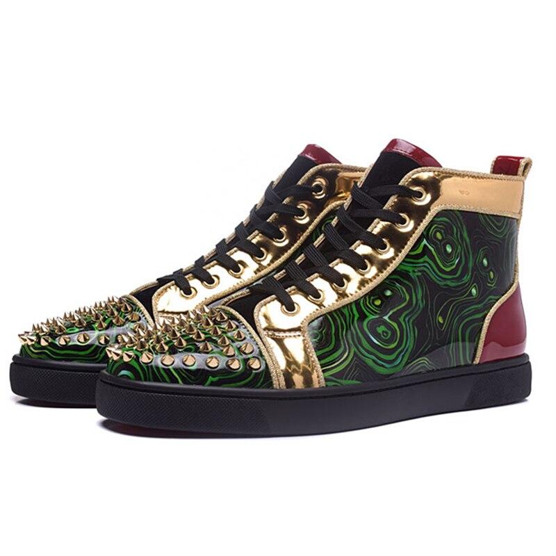 Новые пикантные Лакированная кожа с принтом Кроссовки Мода заклепки с высоким берцем на шнуровке Повседневная обувь дышащие туфли лодочки