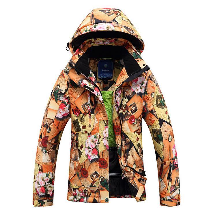 Outdoor suit, women's ski suit, windproof, waterproof, three in one, heavy clothing, down down, female ski suit