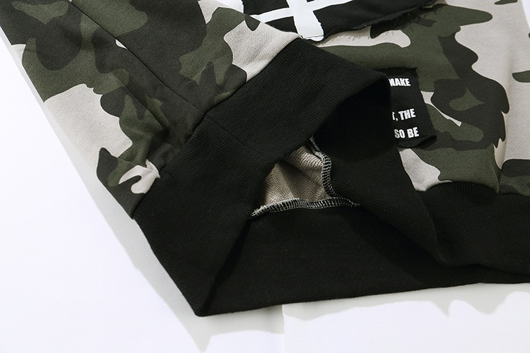 Camouflage Patch Hoodies 10