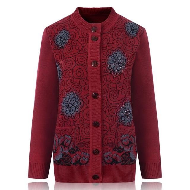 свитер женский кофта женская свитера кофты женские В пожилых женщин свитер  пальто бабушка установлены свитера кардиган ea07524c2db