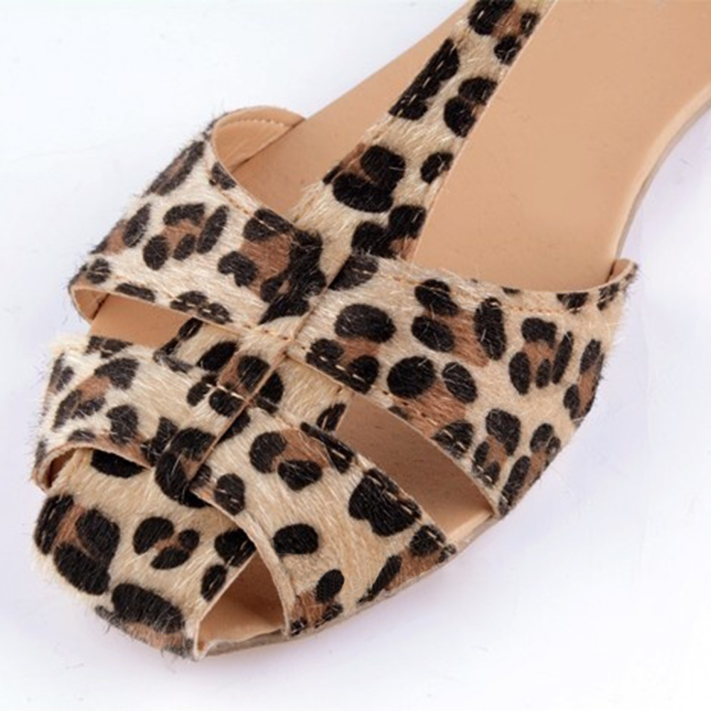 f690e6e44 Aliexpress.com   Buy Hot Best Women s Summer Fashion Beach Casual Sandals  Leopard Print Flat Heel Shoes from Reliable flat heel shoes suppliers on  Infashion ...