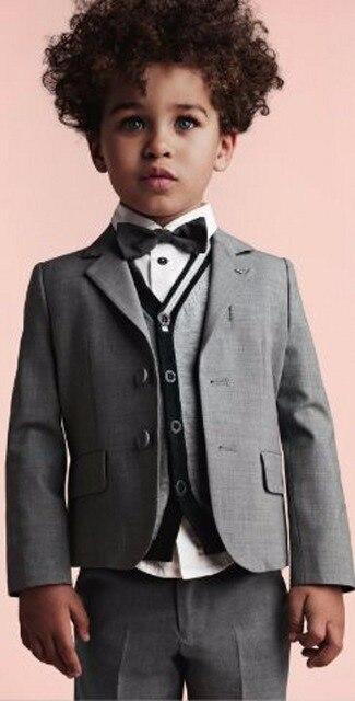 Новый Дизайн Для Мальчиков Костюмы Для Свадьбы Событий На Заказ Мальчиков Формальный Повод Pageant Костюмы (Куртка + Брюки + жилет + Галстук)