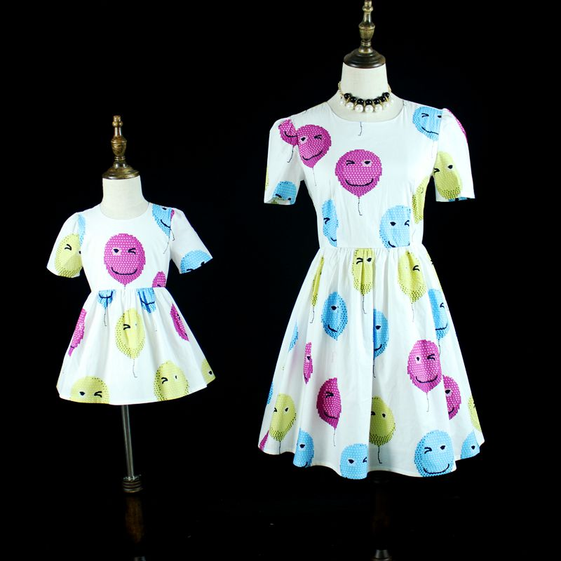 Family look clothing cotton balloon children girls clothes mammy baby girl casual dresses matching mother and daughter outfits 2017 summer children clothing mother and daughter clothes xl xxl lady women infant kids mom girls family matching casual pajamas