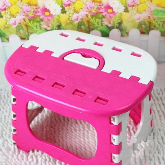Plástico Colorido Crianças Banquinho Portátil Crianças Assento Do Bebê Cadeira Dobrável Cores Aleatórias