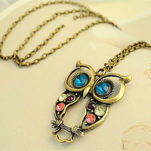 2016 Hot New Fashion Hot Sale Retro Color Block Drill Hollowing Carved Cute Owl Necklace Dress Jewelry X15