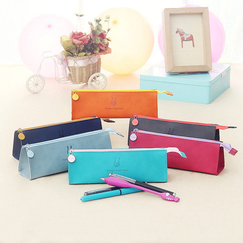 High Quality Triangle Pencil Case Pencil Bags Exquisite Waterproof Pu Leather Storage Cosmetic Bag School Office Stationery Gift