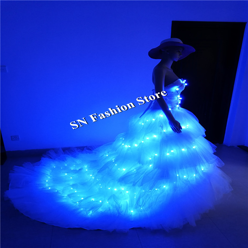 SS8 LED 가벼운 여성 드레스 파티 이벤트 푸른 빛 드레스 볼룸 댄스 의상 무대 쇼 클럽 가수는 결혼 디제이 천을 착용