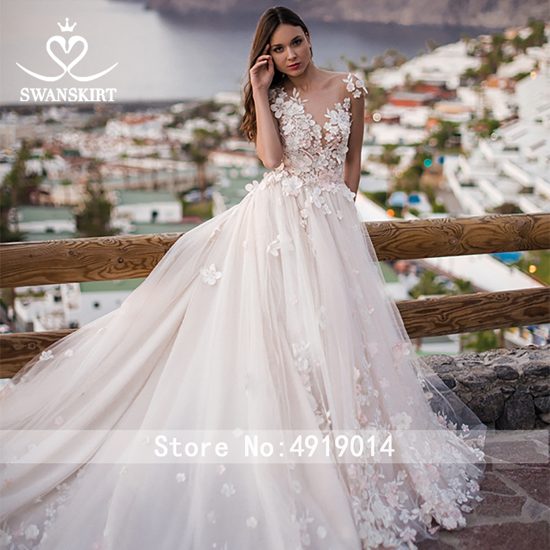 Image 3 - Swanskirt Flowers Ball Gown Wedding Dress 2019 Romantic Appliques backless Beaded Chapel Train Bridal Gown Robe de mariee OZ05-in Wedding Dresses from Weddings & Events