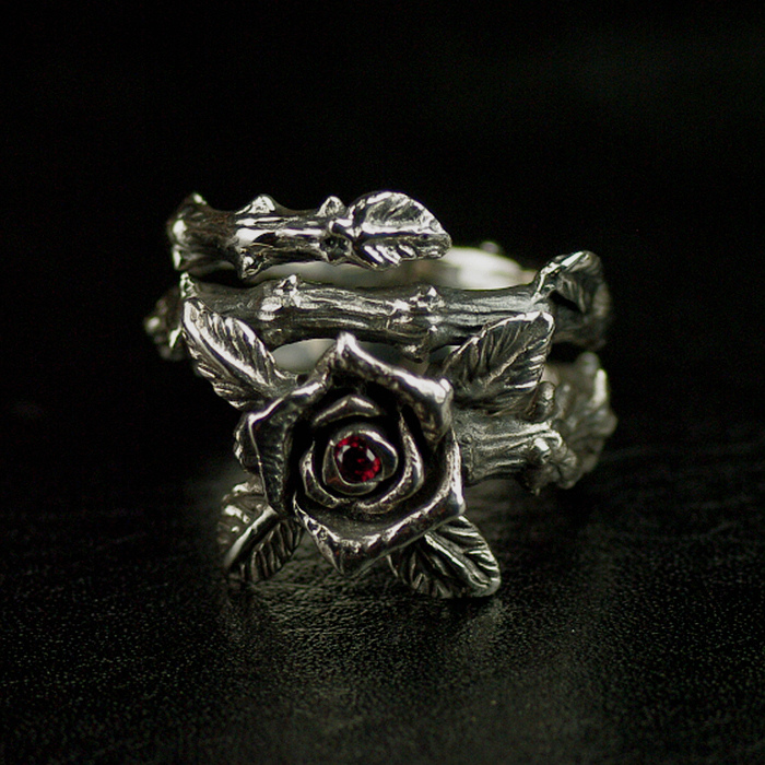S925 Thai silver female models retro thorns rose ring the thorns ullapool