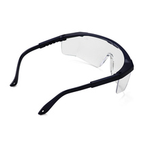 Riding eye-protecting glasses, anti-fog, sand-proof, anti-shock, anti-scratch, anti-splash, wide field of view, light and comfor