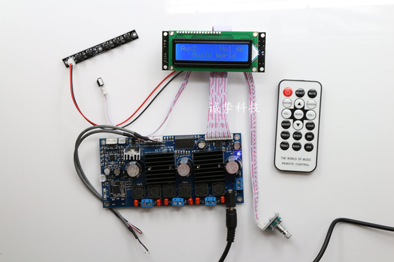 <font><b>2.1</b></font>-channel <font><b>Bluetooth</b></font> digital subwoofer amplifier board TPA3116D2 + PT2313 Digital tone 50W*2 +100W HIFI with remote control image