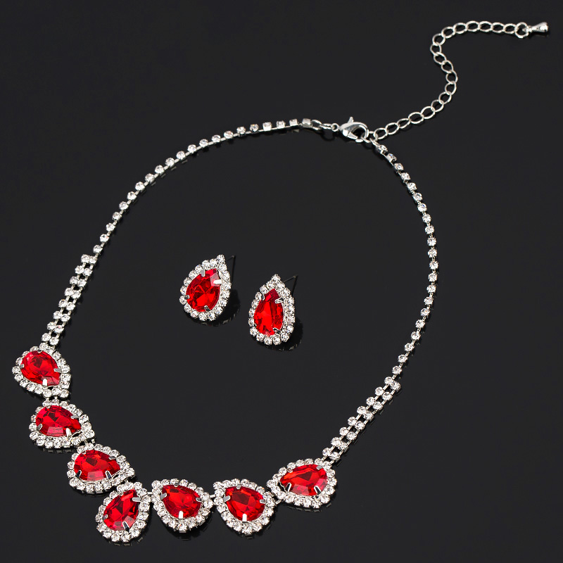 Yfjewe fashion brief necklace bridal jewelry accessories for Costume jewelry for evening gowns