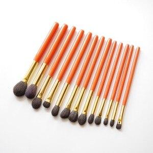 Image 4 - Professionele Handgemaakte Make Up Kwasten Kit Zachte Blauwe Eekhoorn Geitenhaar Oogschaduw Blending Brush Oranje Handvat Make Up Brush Set