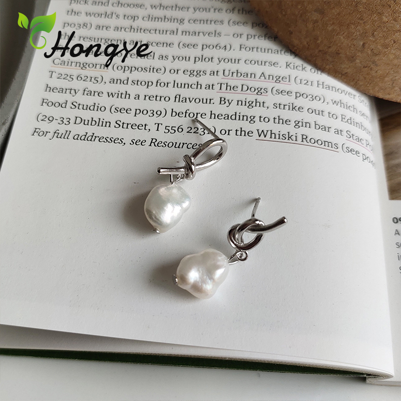 Hongye Silver 925 Women Drop Earrings Fine Jewelry Simple Design Chic Dangler Sweet Girls Baroque Pearl Hanging Earring New