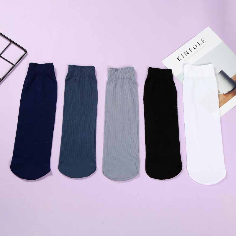 One Time Fashion Solid Color Middle Tube Male Short Socks Men Thin Straight Mouth Deodorant Absorb Sweat Short Socks Hosiery