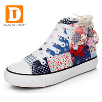 قماش الوردي الزهور الفتيات حذاء 2017 الربيع العلامة التجارية الفتيات حذاء بووتي الأحذية المدرسية للأطفال المطاط شقة عالية فتاة الأحذية