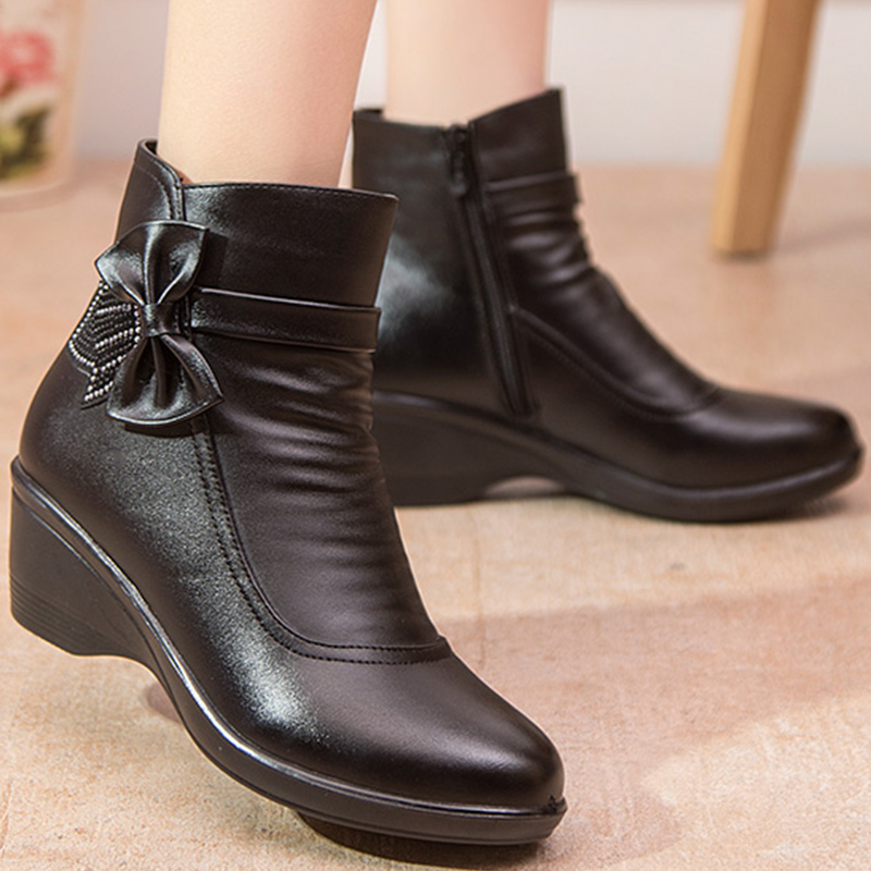 все цены на Female boot butterfly knot split leather boots women winter shoes warm plush ankle boots black wedges zip botines mujer 2018
