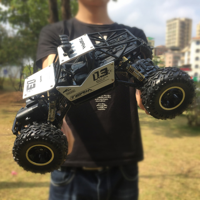 1/16 RC Car 4WD 2.4GHz Radio Control High Speed Off-Road Monster Truck Toys Buggy Vehicle Kids Christmas Children Suprise Gift 2