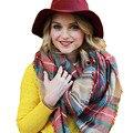 Venta caliente Marca de Lujo Femenina Bufanda A Cuadros de Invierno Mezcla De Lana Chal Chica Espesar Bufandas Suaves de Moda Bufanda de Tartán 4219B
