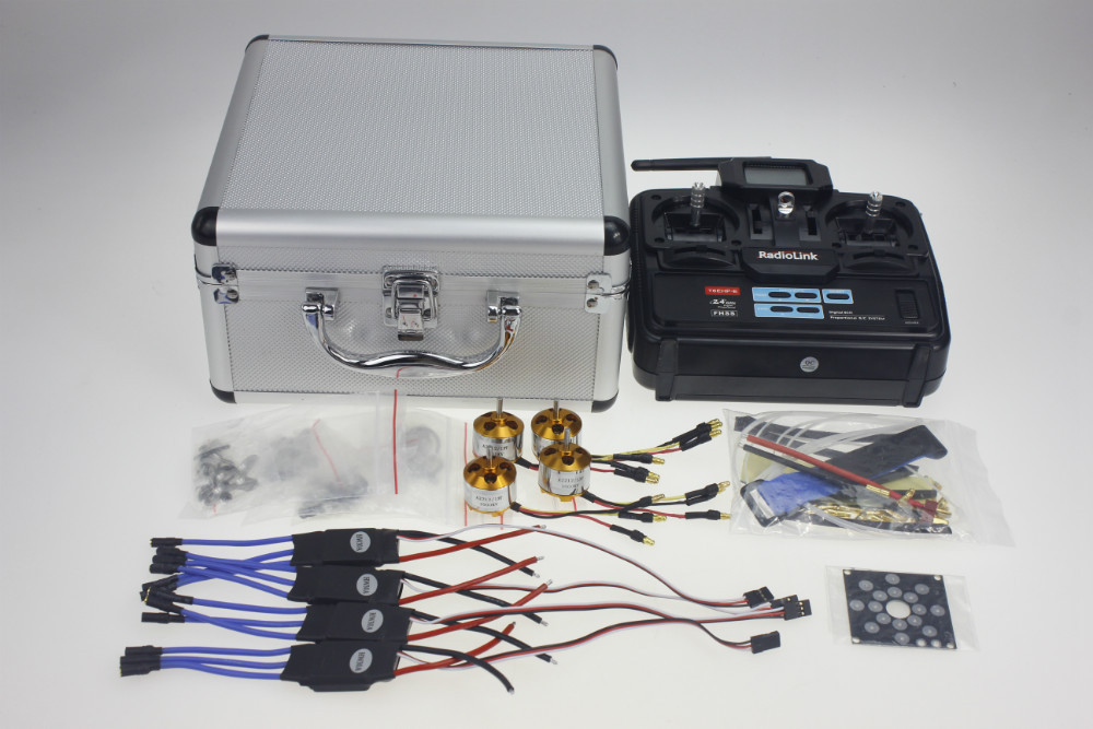 цена на Silver Carry Case With T6EHP-E Transmitter 30A Brushless ESC Deans T Plug A2212 1000KV Motor ESC Connection Board Tape Y10335-A
