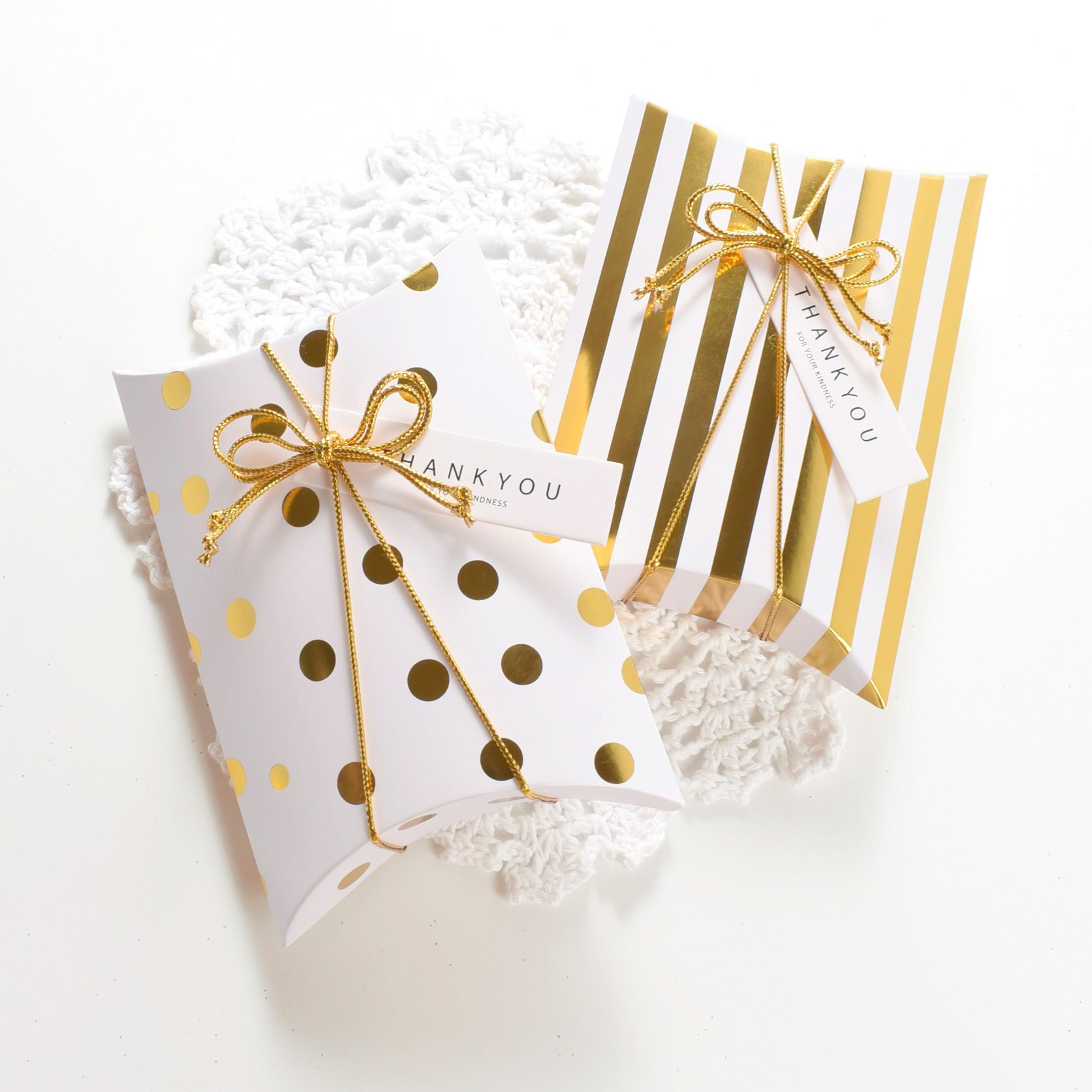 Free Printable Gift Box Templates - Pillow Box and Others   1673x1673