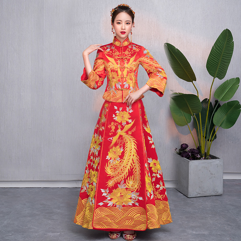 Bride Cheongsam Vintage Chinese Style Wedding Dress Retro Lady Embroidery Phoenix Gown Marriage Qipao Clothing Puls Size S 5XL