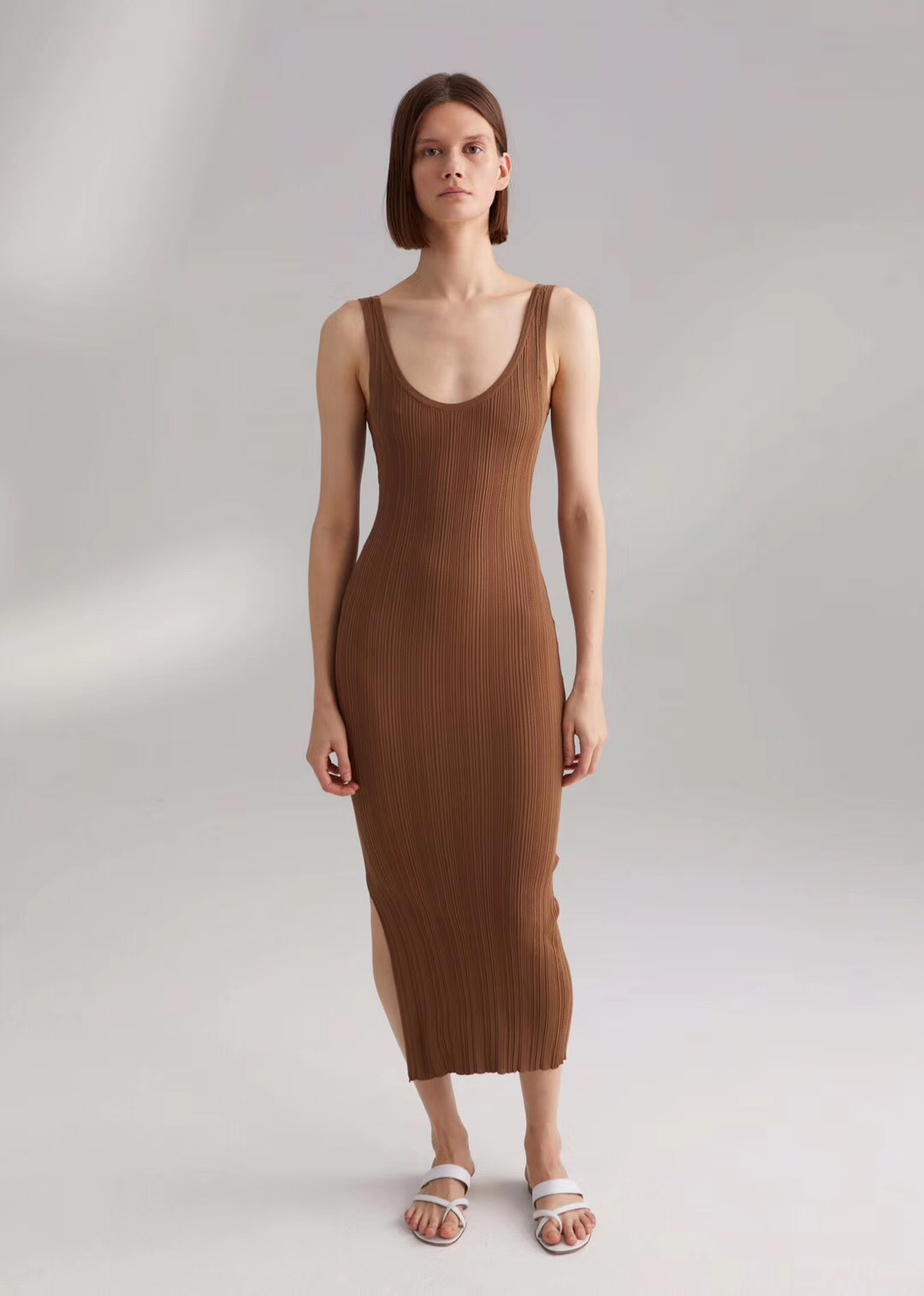 Northern Europe midi dress nougat sleeveless slip dress V neck summer women midi dress