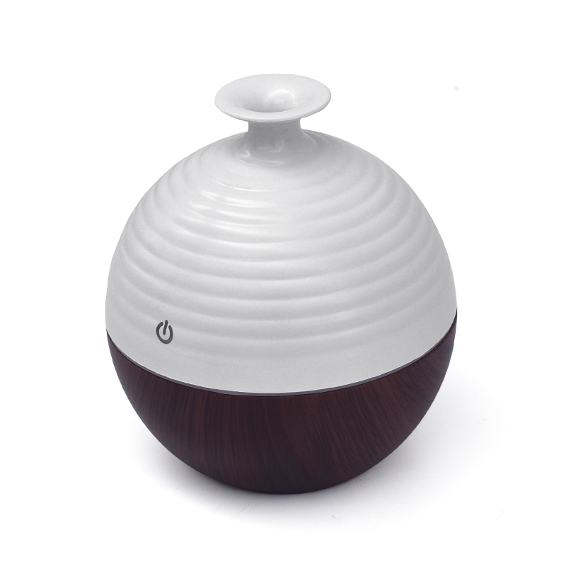 USB Ultrasonic Humidifier 130ml Aroma Diffuser Essential Oil Diffuser Aromatherapy Mist Maker With 7 Color LED Light Wood Grain