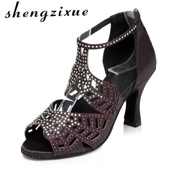 1a3adf839e3c Shengzixue latine chaussures de danse de Taille de 4-11 femmes lumière  satin haute qualité