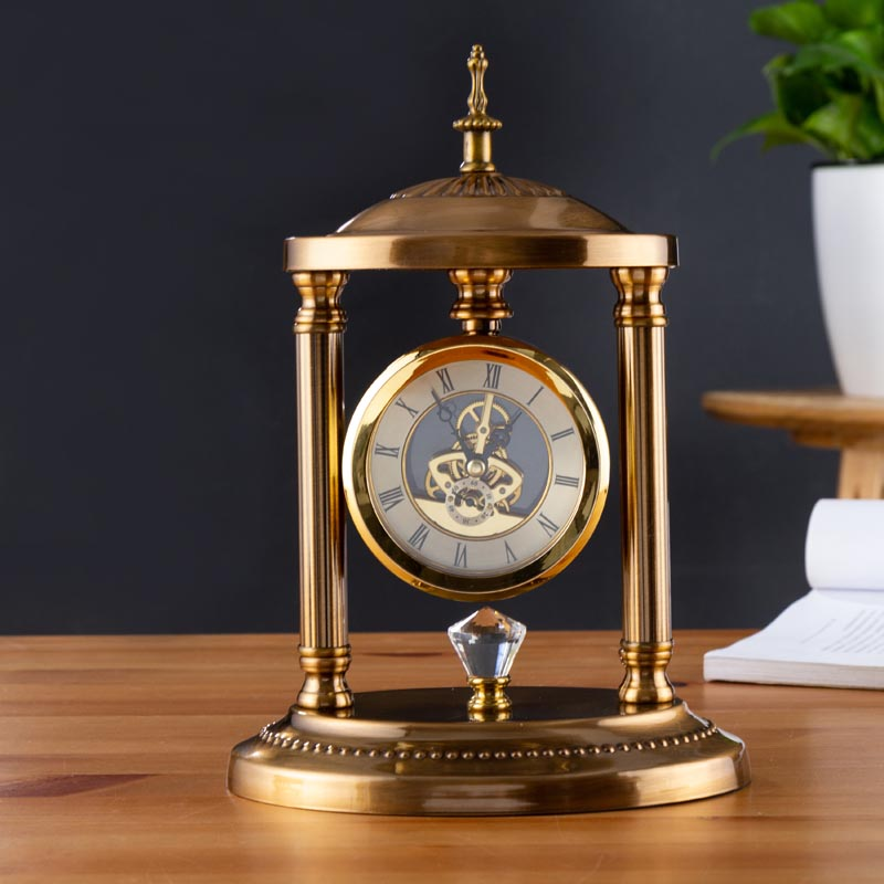 Sunny European Style Table Clock Metal/glass Vintage Crafts Needle Mute Movement Time Clocks Household Decoration Adornment Souvenir Commodities Are Available Without Restriction Home Decor Clocks